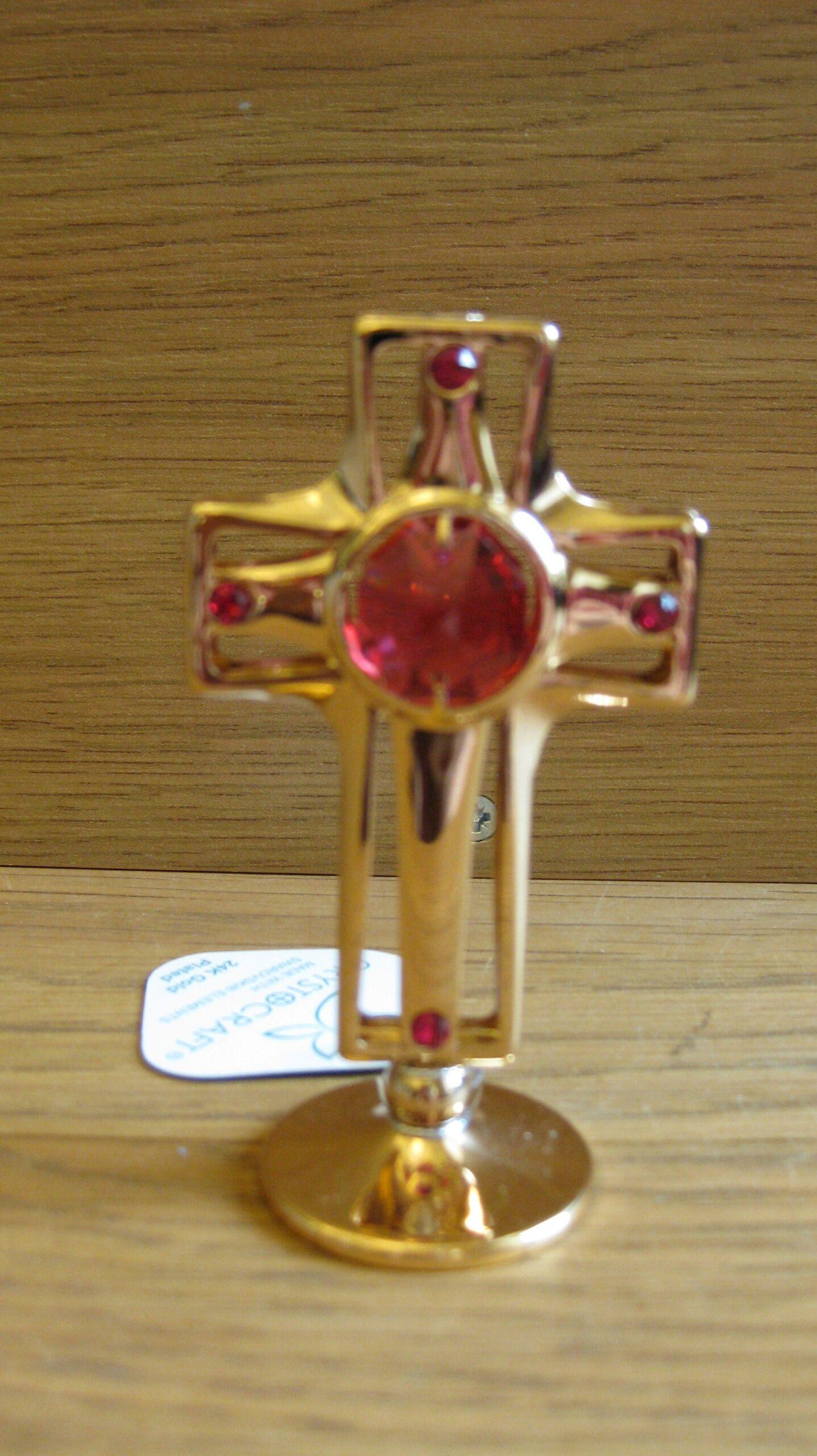 Kuldne rist swarovski kristalliga. Kõrgus 7.5cm