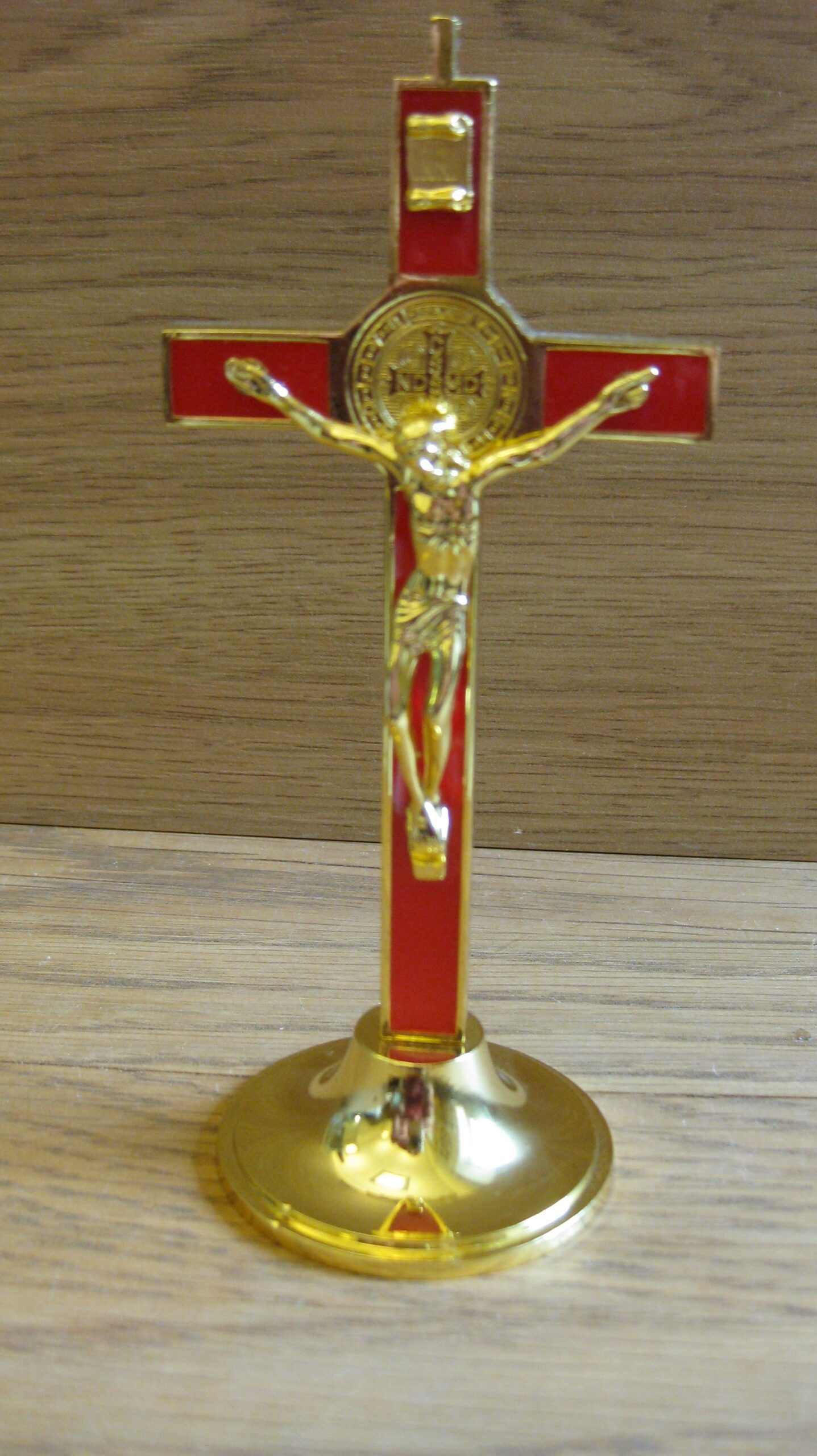 Metallist rist. Kuldne/Punane Kõrgus 12cm