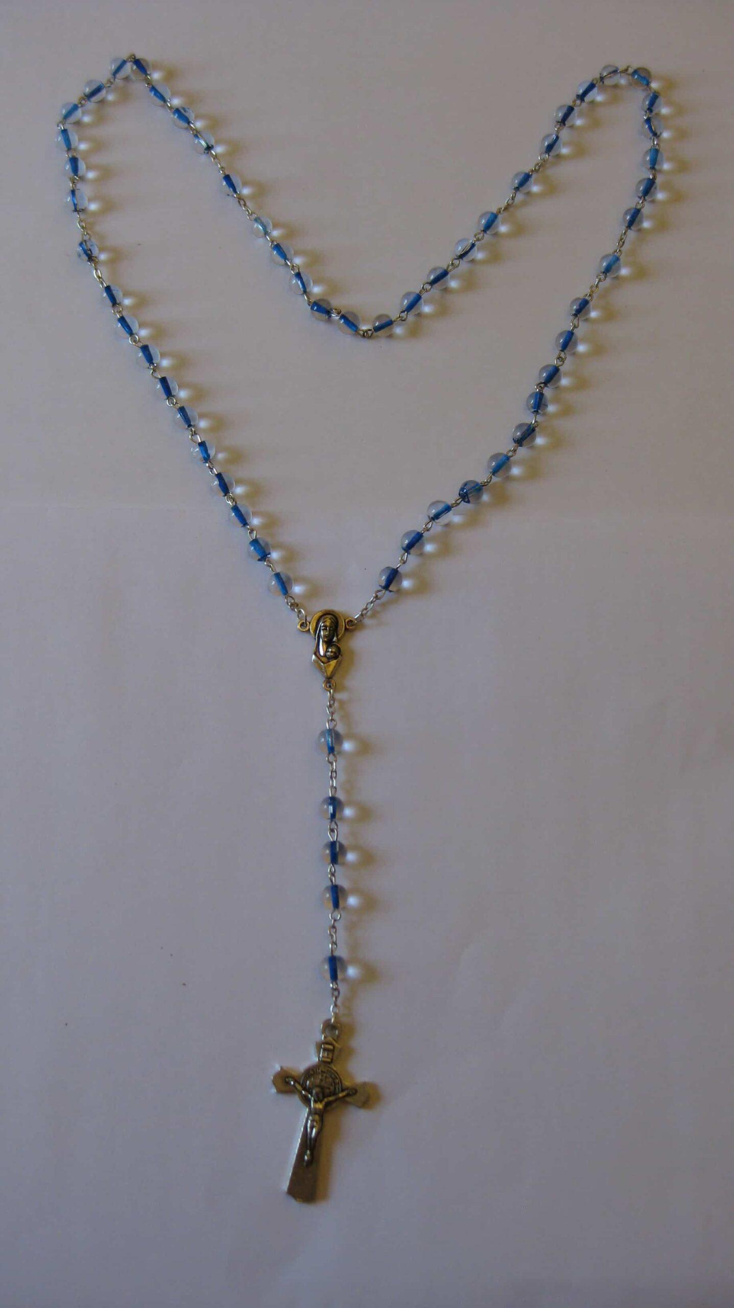 Palvehelmed - sinised helmed, metallist vahelülid, üldpikkus 46cm